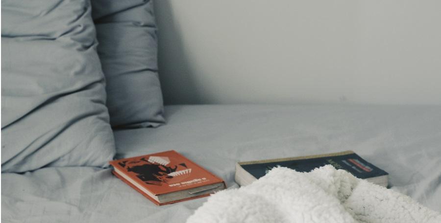 Ktoré materiály sú na posteľnú bielizeň najlepšie? Máme pre vás overené tipy! (Foto: unsplash.com)
