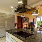 Rozmýšľate nad kuchyňou s obývačkou? To sú výhody a nevýhody